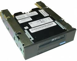 IBM / Seagate Scorpion 40 STD2401LW-S 20/40GB DDS-4 DAT Tape Drive