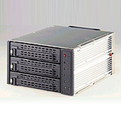SNT-SCA2131B 2-Bay 3-Drives Internal Hotswap SCSI Drive Cage.